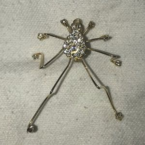 Jewelry - Golden crystal body spider lapel pin